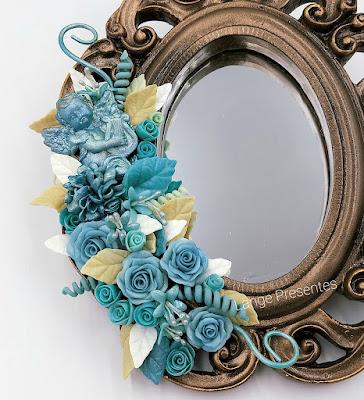 Espelho decorado - flores biscuit