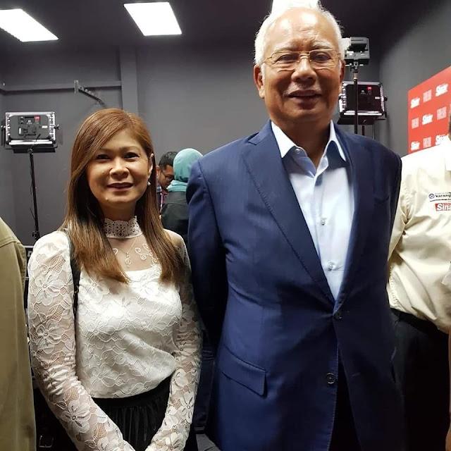 Gambar Najib Bersama Enam Isteri Muda Tular