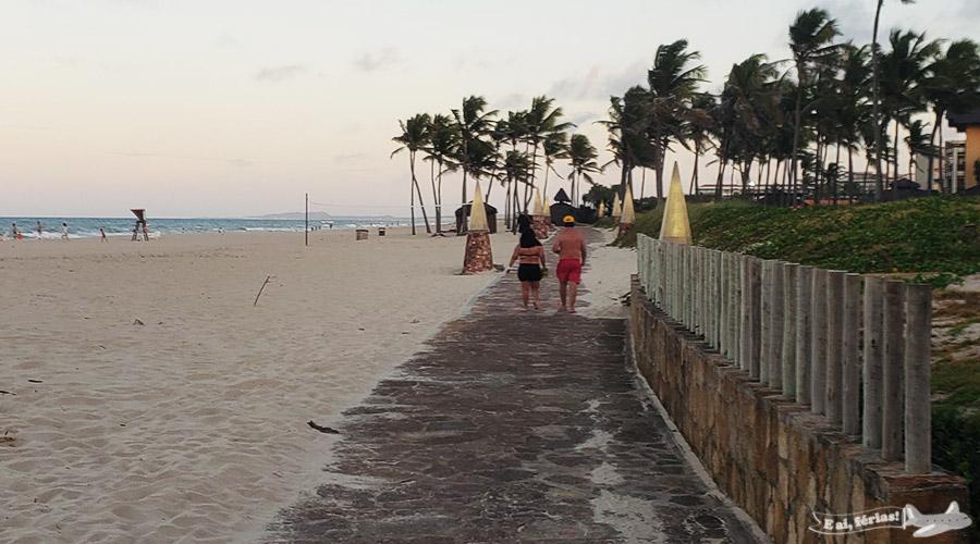 Caminho entre o Beach Park e o hotel Suites