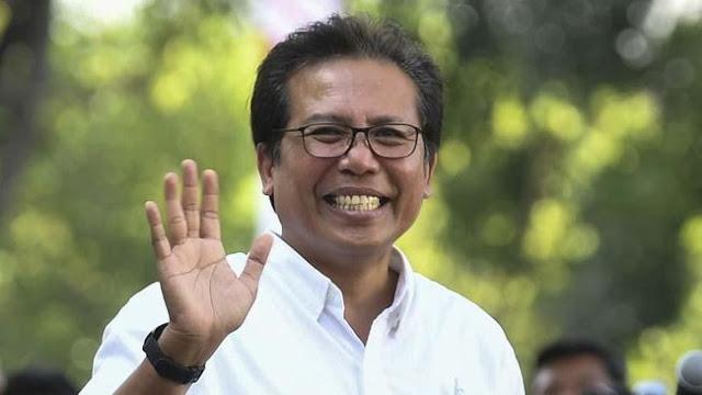 """Cuitan Lama Fadjroel Rachman Diungkit, """"Pidato Sampah dari Mulut Penguasa"""""""