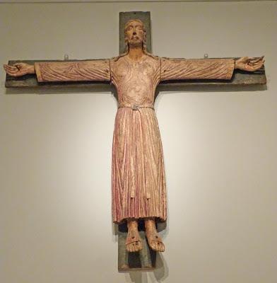 ROMÁNICO EN NUEVA YORK. THE MET. Crucifijo