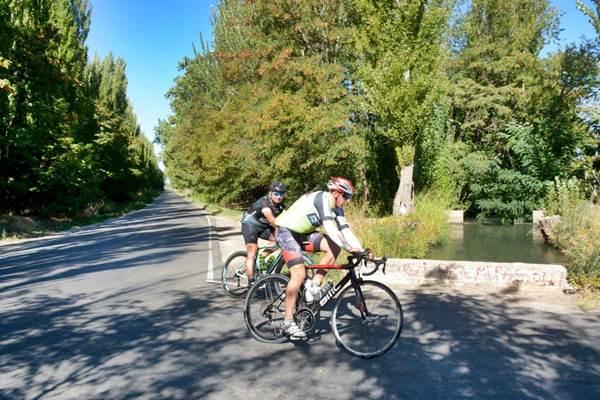 Así se vivió el primer fin de semana con salidas en bicicleta, en Roca