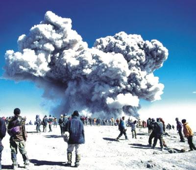 Gunung+Bromo+%25284%2529 Misteri Misteri Alam yang Sulit Diterima Nalar dan Logika Manusia