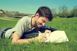 cara mencari ide dan inspirasi menulis blog