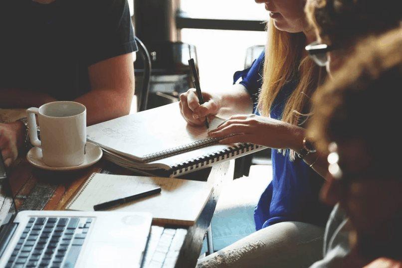Tecnología en la formación de empresas