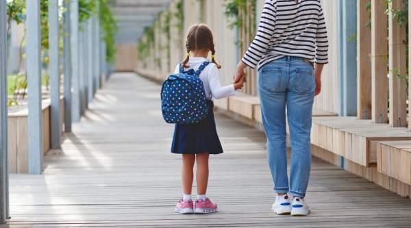 5 Manfaat Asuransi Pendidikan Anak bagi Masa Depan