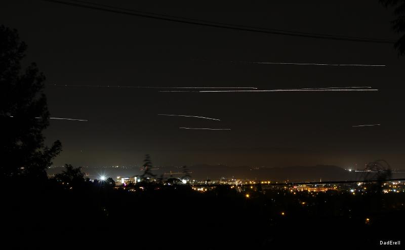 Avions dans la nuit
