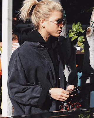 Sofia Richie kimdir - boyu - sevgilisi. Sofia Richie yaşı - ailesi - yaşı - Justin Bieber.