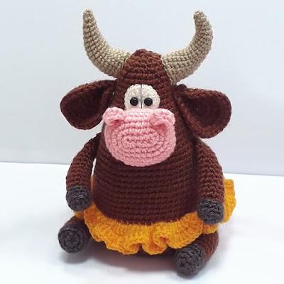 Корова Сластена крючком