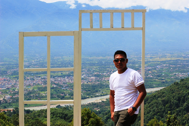 Pintu Transparan di Kebun Villa Ungu Kutacane - Aceh Tenggara