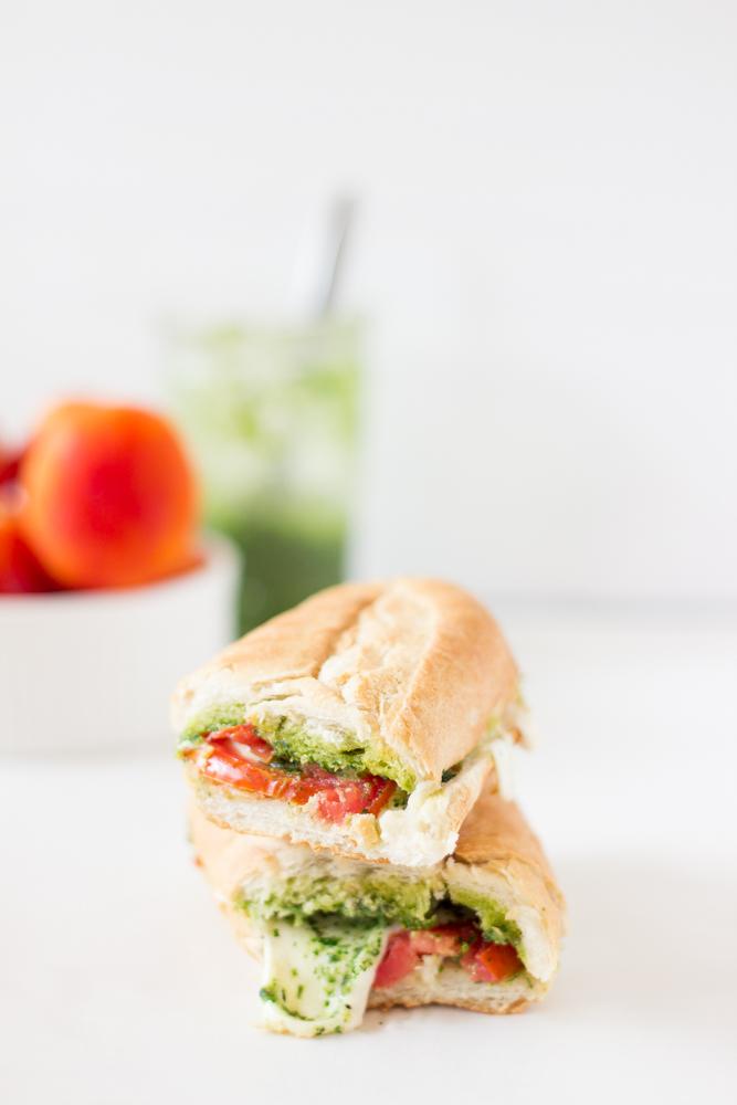 Caprese Sandwich with Parsley Pesto #vegetarian #breakfast #sandwich #salad #yummy