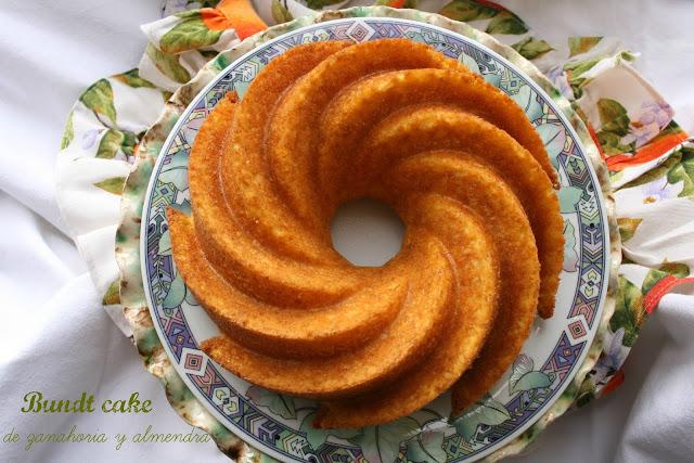 Bundt cake de zanahoria y almendra sin grasa,bizcocho de zanahoria sin grasa