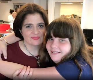Alex Guarnaschelli with her daughter Ava Clark