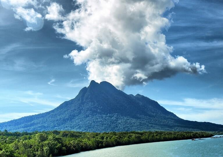 Kota Ghaib Gunung Santubong
