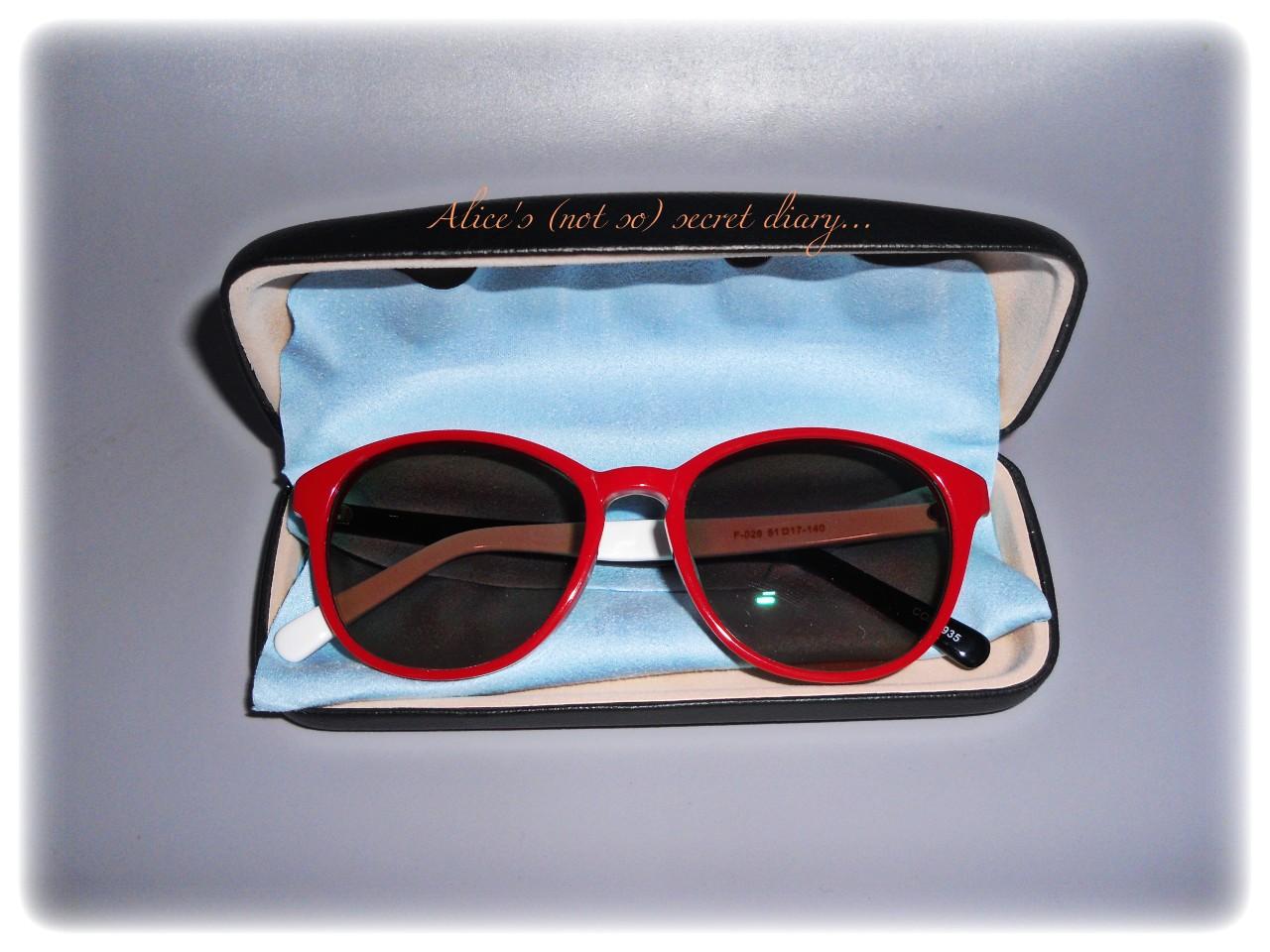 Occhiali con lenti colorate - Occhiali con lenti a specchio colorate ...