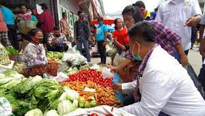 Dalam Senyap, Vandiko Gultom Berbuat Untuk Rakyat Samosir