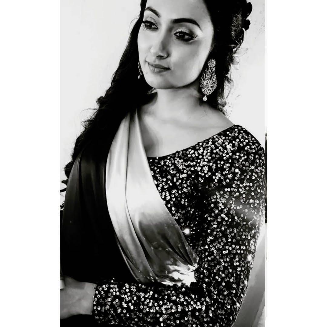 Roshni Bhattacharya 7