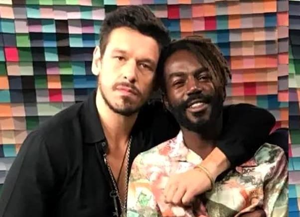 Par gay e novela da Globo.