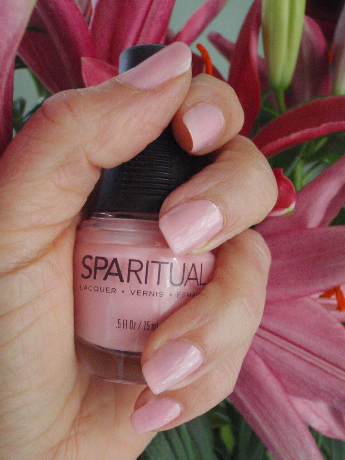 pale pink polish