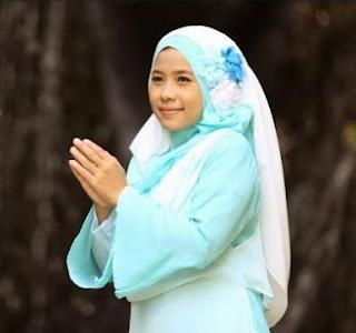 Lagu Religi Qosidah Wafiq Azizah Mp3 Album Ya Maghnon Full Rar