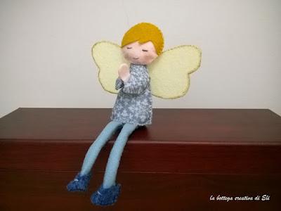 come realizzare un angelo in feltro con il punto festone