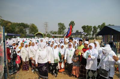 http://www.topfm951.net/2019/10/ribuan-santri-dan-masyarakat-ikuti.html#more