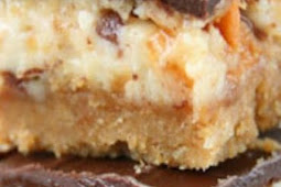 BUTTERFINGER NUTTER BUTTER CHEESECAKE BARS