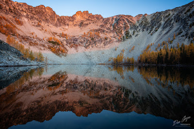 Image of Upper Eagle Lake Reflection, Chelan Sawtooth