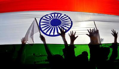 indian-independence-day, indian-media-bias-in-politics, gorakhpur-tragedy, powerty-line-india, gorakhpur-massacre