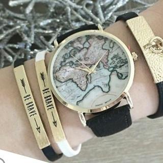 Montre carte du monde