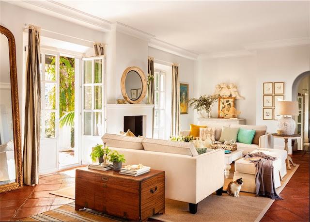 salon decorado en tonos claros chicanddeco