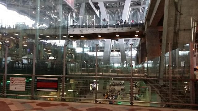 Aeropuerto Internacional de  Suvarnabhumi en Bangkok