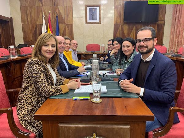 """Nieves Lady Barreto: """"No podemos apoyar un presupuesto que desmantela completamente la política social que lleva haciendo el Cabildo desde años"""""""