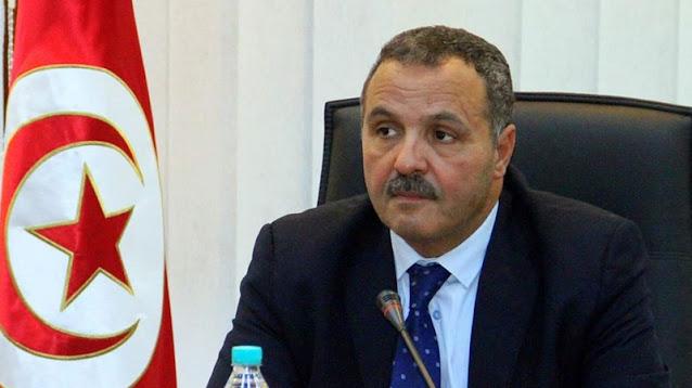تونس: عبد اللطيف المكّي يدعو إلى تركيز مستشفيات ميدانية لمواجهة زيادة حالات الإصابة بـ كورونا