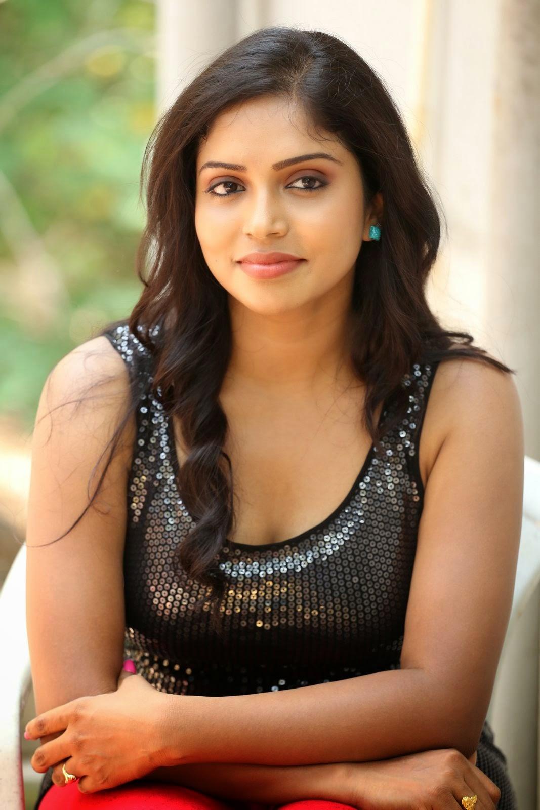 Actress Karunya New glam pics-HQ-Photo-38
