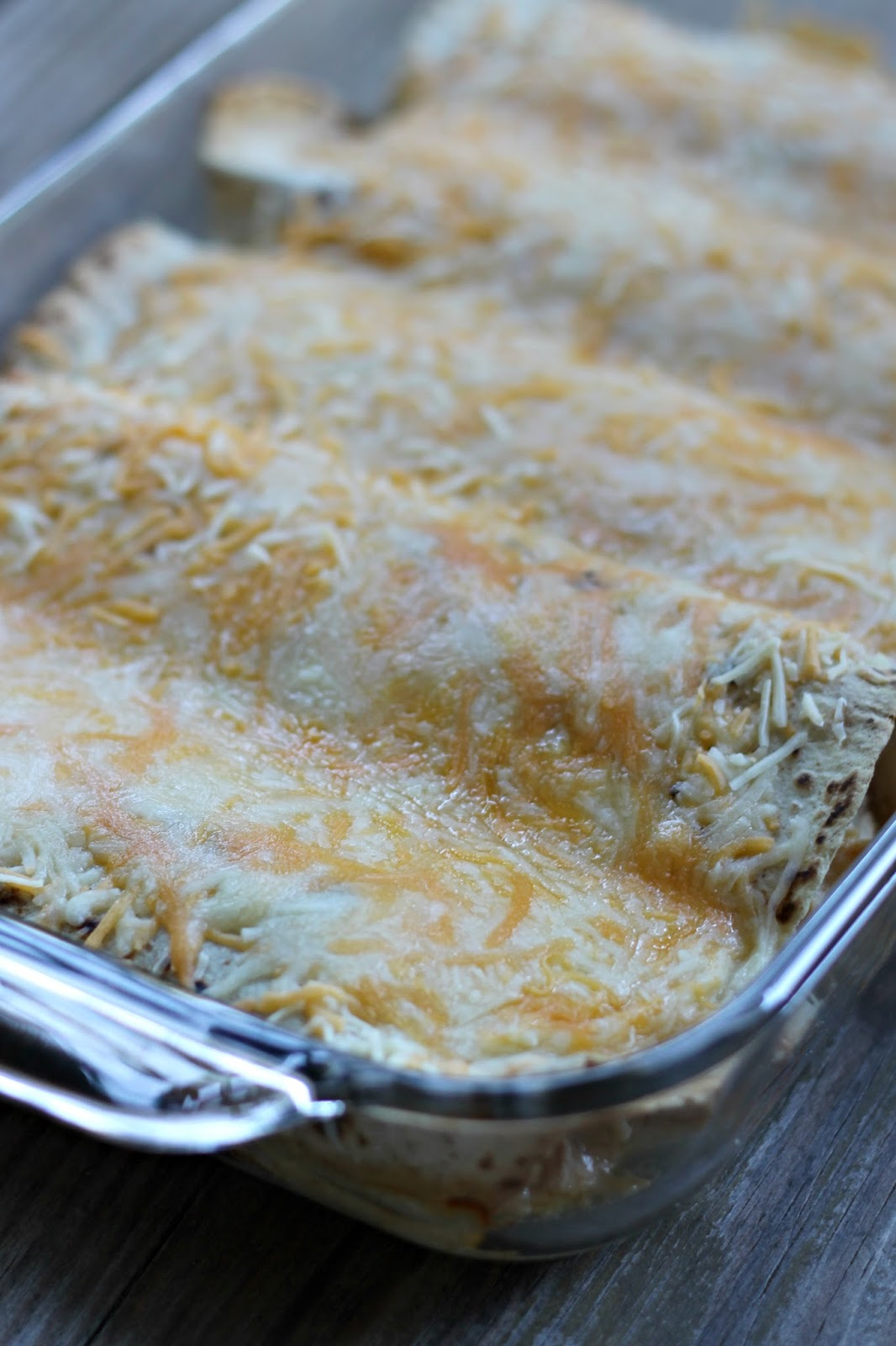 baked white chicken enchiladas