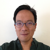 This is a picture of me, Mike Jung! C'est moi!