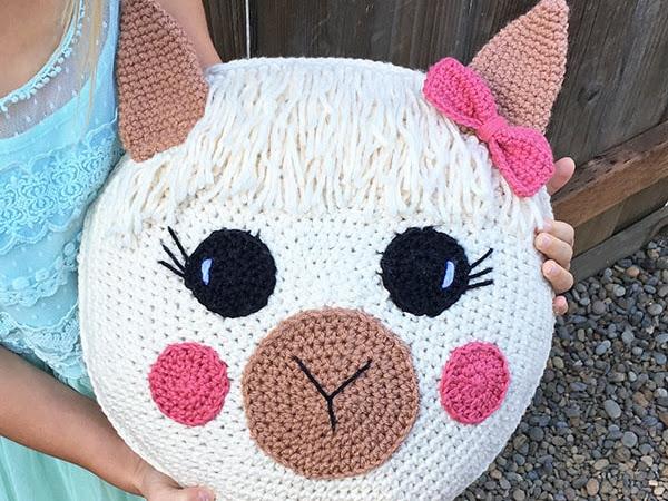 Free Crochet Llama Pillow Pattern