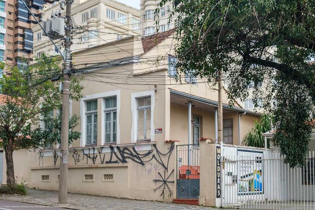 Casa na Rua Francisco Rocha que é Unidade de Interesse de Preservação
