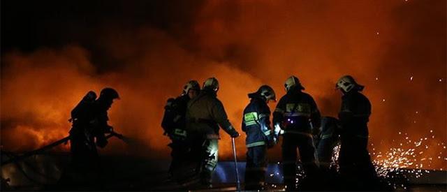 ΚΑΙΓΟΜΑΣΤΕ! «Μάχη» με τις φλόγες δίνουν οι πυροσβέστες στον Έβρο