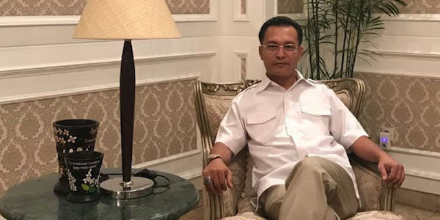 Ketua ProDEM: Benar Juga Kata Ribka Tjiptaning, Siapa Pembisik Jokowi Pilih Menkes?