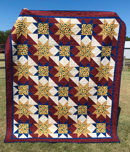 Kansas Stars & Stripes Designed, Pieced and Quilted by Thistle Thicket Studio. www.thistlethicketstudio.com