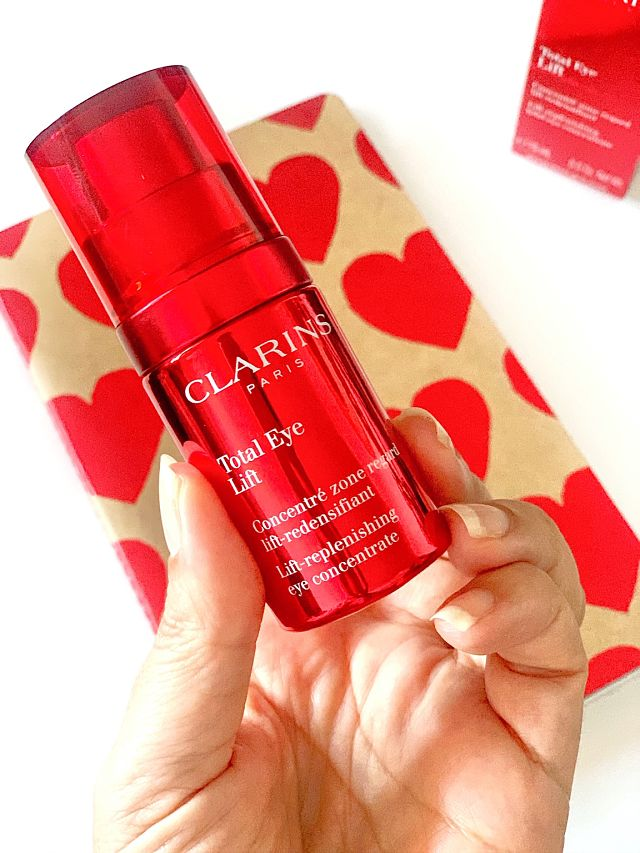 Total_Eye_Lift_Clarins_ObeBlog