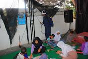 Yonbekang 2 Kostrad Semprot Disinfektan di Pondok Pesantren Darul Jundi Malang