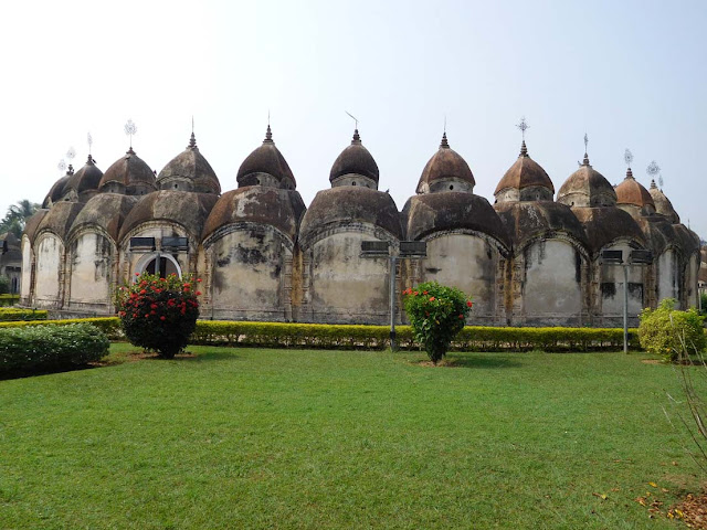The inner circle of temples at the 108 Shiv Mandir or Nava Kailash in Kalna, West Bengal