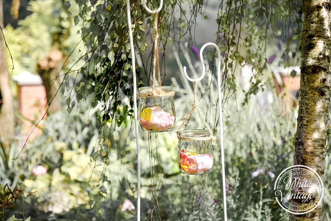 Stabwindlichter für den Garten basteln.