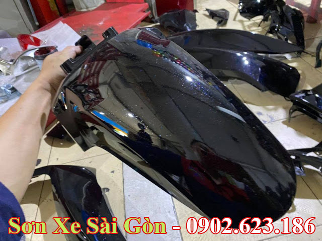 Mẫu Honda SH sơn màu đen bóng pha lê cực đẹp