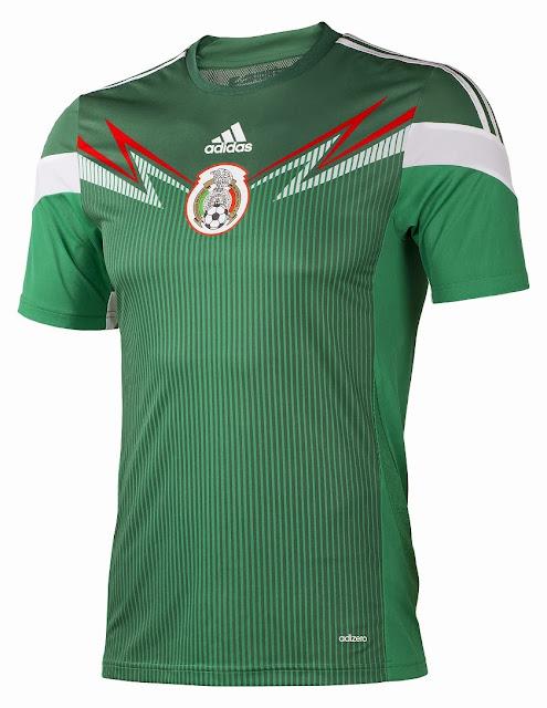 """163f240ef Con la promesa de ser """"el uniforme más ligero de la historia de la  Federación Mexicana de Futbol"""""""