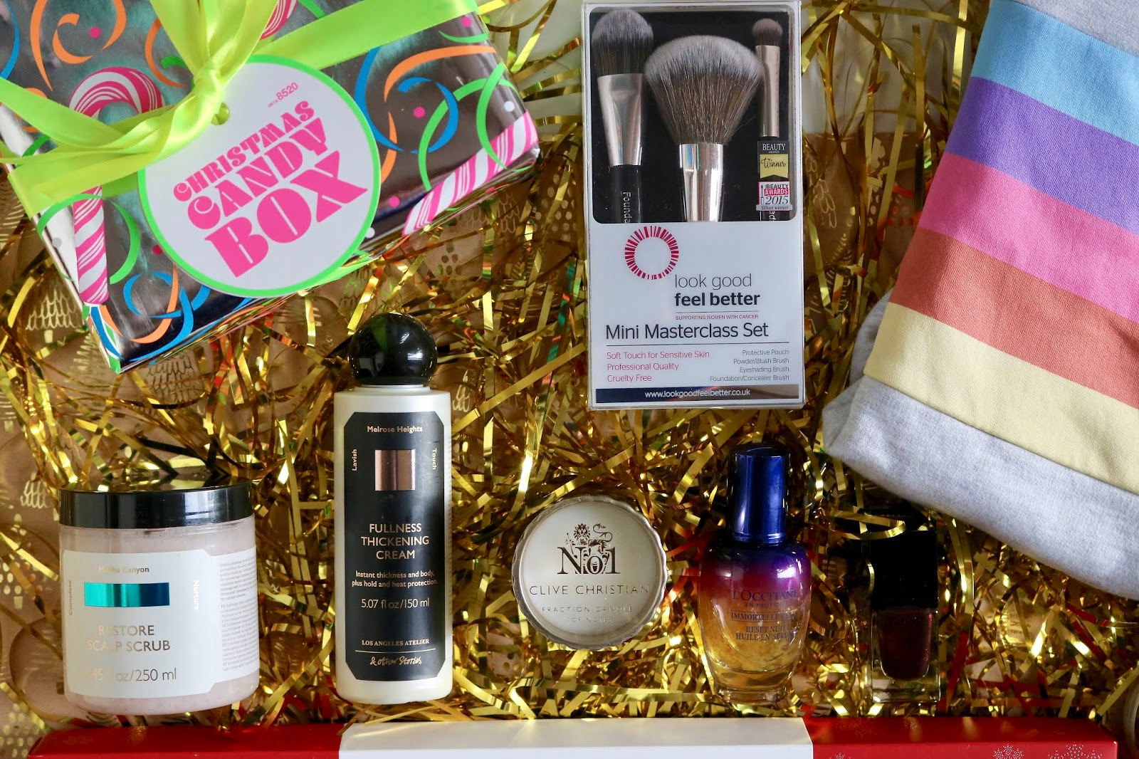 Christmas Gift Guide: Last Minute for Him & Her + A Giveaway!