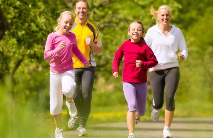 Berolahraga secara rutin penting saat menjaga kesehatan